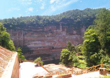 土地岩景区